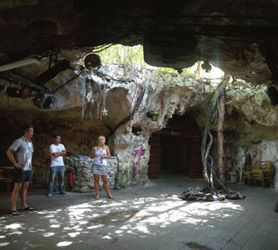 La Cueva Del Jabali Cayo Coco Disco